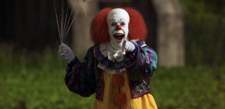 """Este actor será el nuevo Pennywise en la adaptación de """"It"""" de Stephen King (No da tanto miedo)"""