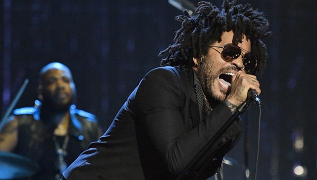 Lenny Kravitz rindió tributo a Prince en el Salón de la Fama del Rock & Roll