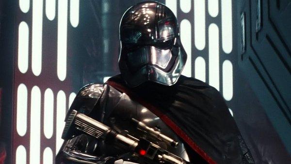 Capitan-Phasma-tendra-su-lugar-en-Star-Wars-mas-alla-de-El-despertar-de-la-fuerza_landscape