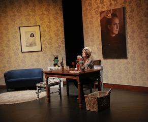 Serrat en clave íntima y teatral cautiva en el Centro Cultural BOD