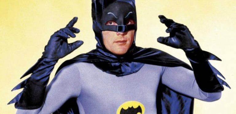 Muere Adam West, el Batman de la serie de los 60s