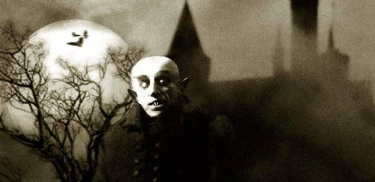 """Los creadores de """"Sherlock"""" podrían hacer una nueva serie sobre Drácula"""