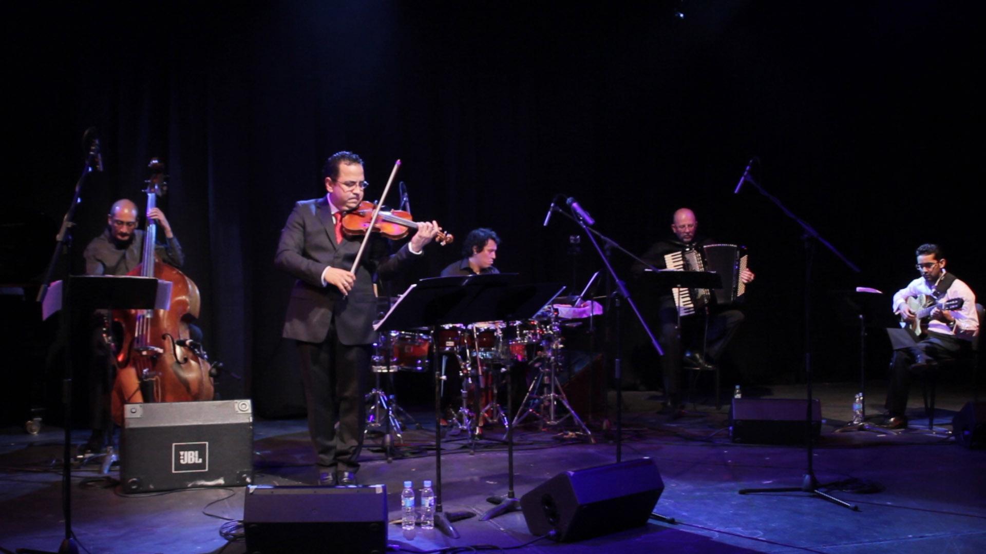 Viva Piazzolla en escena