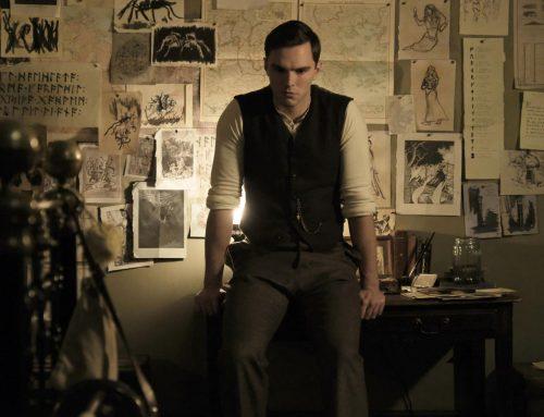 Nicholas Hoult es J.R.R Tolkien en el trailer del biopic del escritor