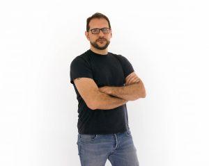 Cantautor Alejandro Zavala lanza su cuarto disco
